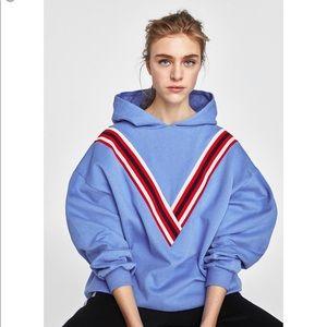 NWT Zara Contrasting Sweatshirt Size S